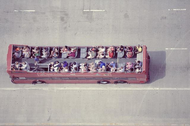 double decker autobus.jpg