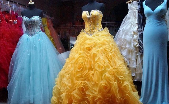 plesové šaty společenské.jpg