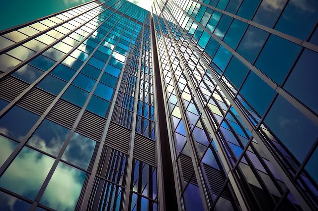 prosklený mrakodrap.jpg